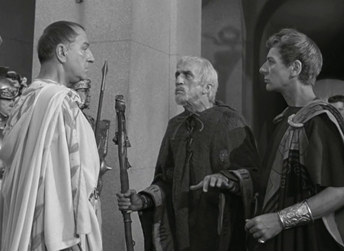 Julius Caesar (1953) directed by Joseph L. Mankiewicz. Louis Calhern as Julius Caesar, Richard Hale as the Soothsayer.