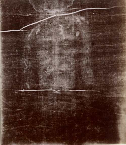Secondo's first negative of the man's face on the Shroud